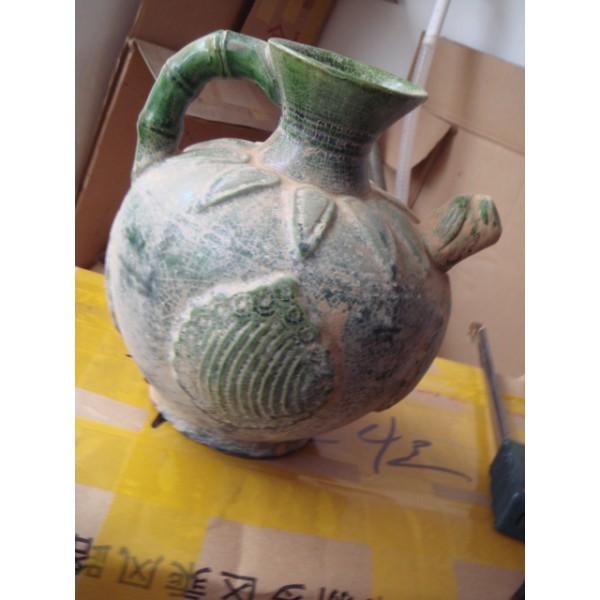 绿釉瓷壶.。。。